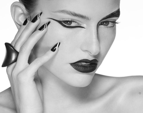 Poli Pico Makeup Artist - Chile