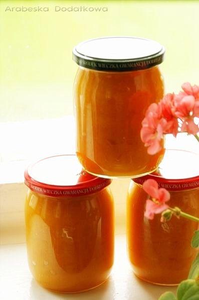 Macie nadmiar jabłek, nie wiecie co zrobić z dyni ? Proszę bardzo, oto przepis na złocisty dżem. Poniżej podaję też wersję z pomarańczam...
