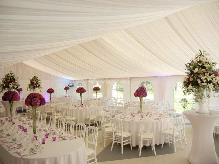 les tentures pour dcorer votre salle de mariage - Tenture Mariage Lumineuse