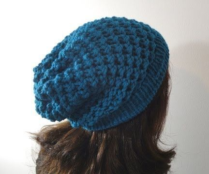 Knit a slouchy beanie on a loom