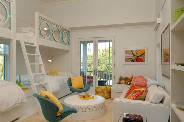 what a practical way to maximize space, perhaps for a beach house guest room... a bit too much white, but the punches of color do stand out nicely!