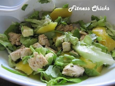 Gezond recept: kip, mango, avocado salade - Fitness Chicks