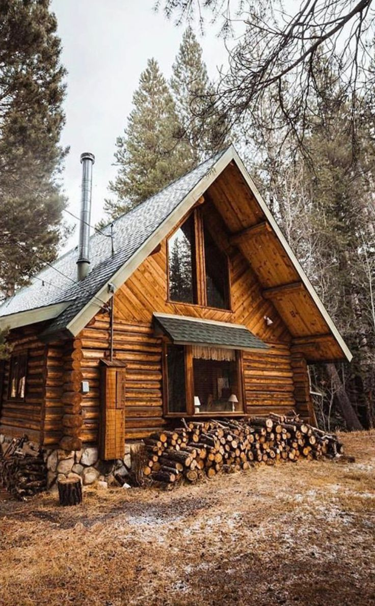 25 best log cabins ideas on pinterest log cabin homes for Simple cabin