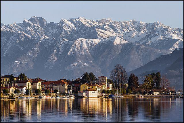 Pella - Lago d'Orta [ Explored ], via Flickr.