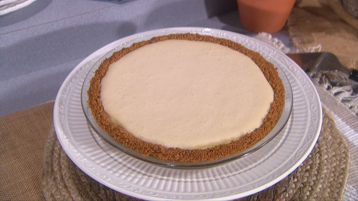Tiffani Thiessen's Mom's Cream Cheese Pie
