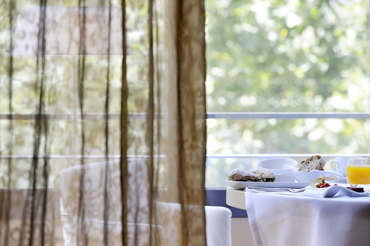 Barcelona Designer Hotel | Hotel Omm | Room Service