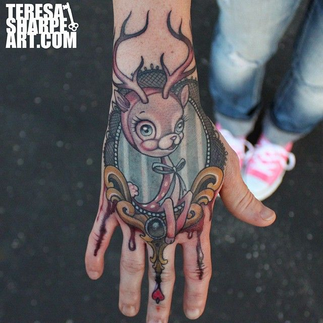 1000 images about teresa sharpe on pinterest stomach tattoos jellyfish tattoo and rabbit tattoos. Black Bedroom Furniture Sets. Home Design Ideas