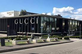 Resultado de imagen de pinterest edificio de Gucci outlet imagen