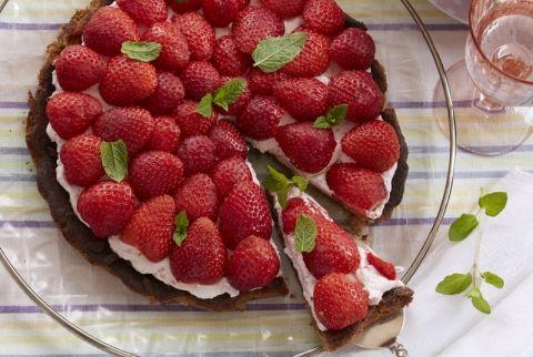 Smuk og delikat LCHF jordbærtærte - mums!