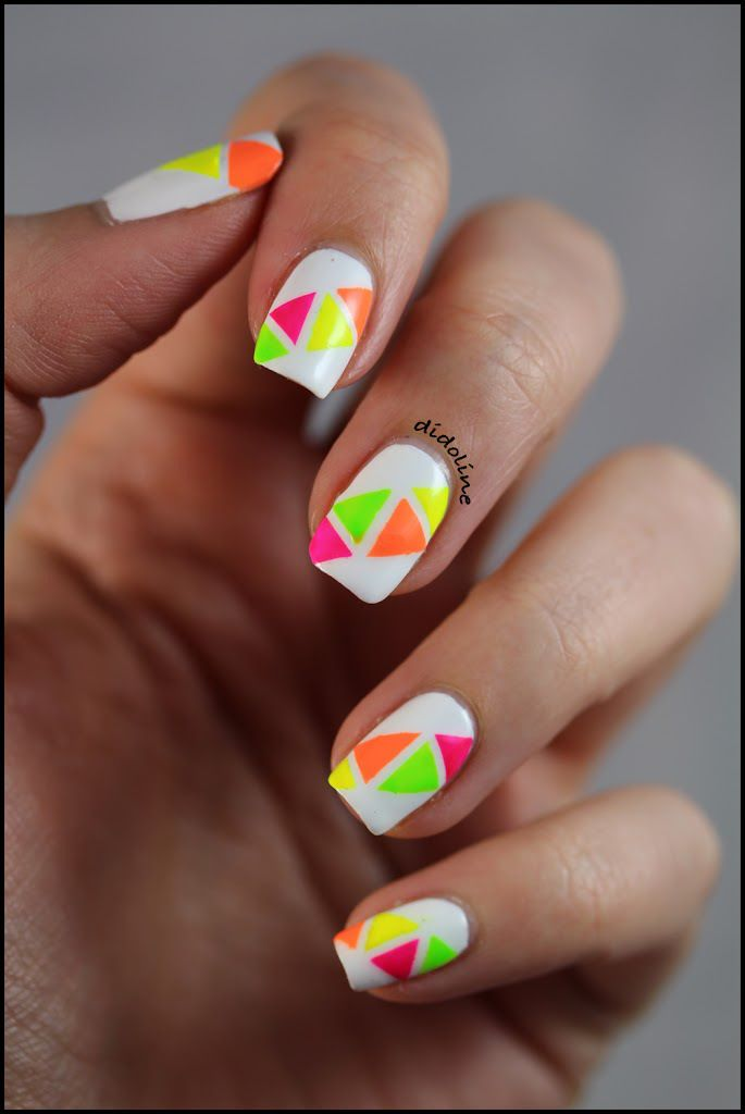 Triangles & Néons - Didoline's Nails