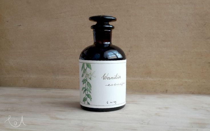 vanilla-essence-label