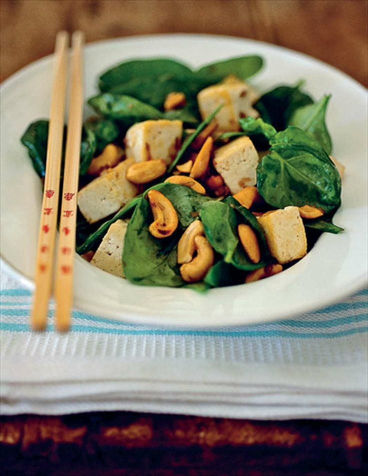 Tofu and spinach stir-fry by Anna Bergenström & Fanny Bergenström from Under the Walnut Tree | Cooked