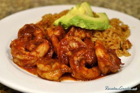 Aprende a preparar camarones enchipotlados con esta rica y fácil receta. El chile chipotle se utiliza sobre todo en la cocina mexicana y aporta un toque picante y...