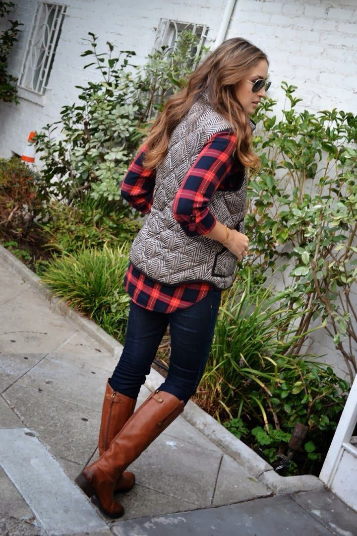 Love the flannel with straight leg jeans or leggings!!!!: