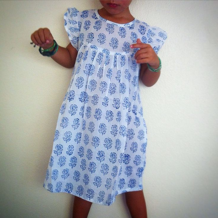 Beautiful Indian Block Print Baby Doll Dress / 100% Cotton Vegetable Dyed - White w/ Blue Flowers