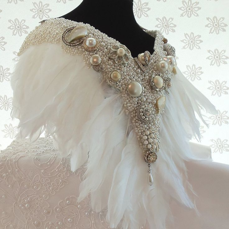 White Feather Necklace, Beaded Bridal Bib, Formal Statement Wedding Accessory, Haute Vintage Couture Collar Necklace