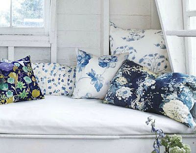 bedroom blue and white