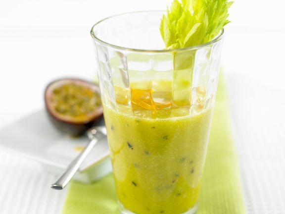 Probieren Sie den leckeren Maracuja-Sellerie-Smoothie von EAT SMARTER oder eines unserer anderen gesunden Rezepte!