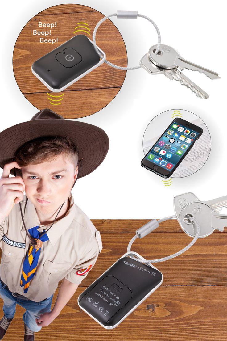 TROIKA SELFMATE. App-controlled Bluetooth key finder and keyring, identifies location with beep and flashing light, incl. remote release for selfies (mobile phone camera). *** App gesteuerter Bluetooth Schlüsselfinder und Schlüsselring, meldet sich mit Piepton und Blinklicht, inkl. Fernauslöser für Selfies (Smartphone-Kamera).