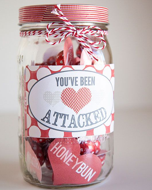 The 25+ best DIY Valentine\'s gifts in a jar ideas on Pinterest ...