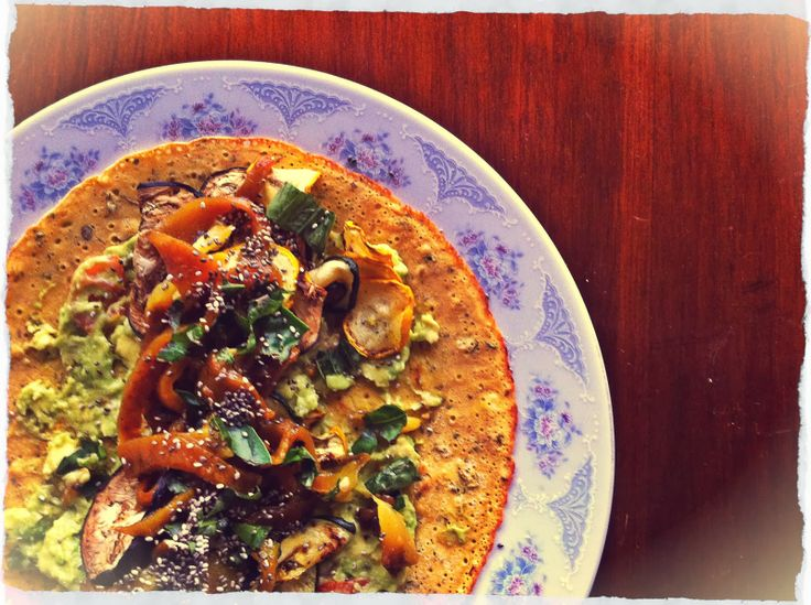 HOGAR A MANO Una receta para enamorarse de los vegetales... BURRITO CON VERDURAS AL HORNO Y AGUACATE
