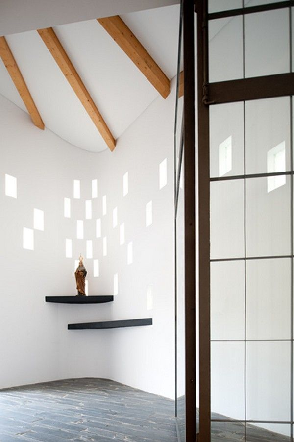 Small Place Of Meditation Santa Anau0027s Chapel In Portugal   Home Design  View, Picture 09
