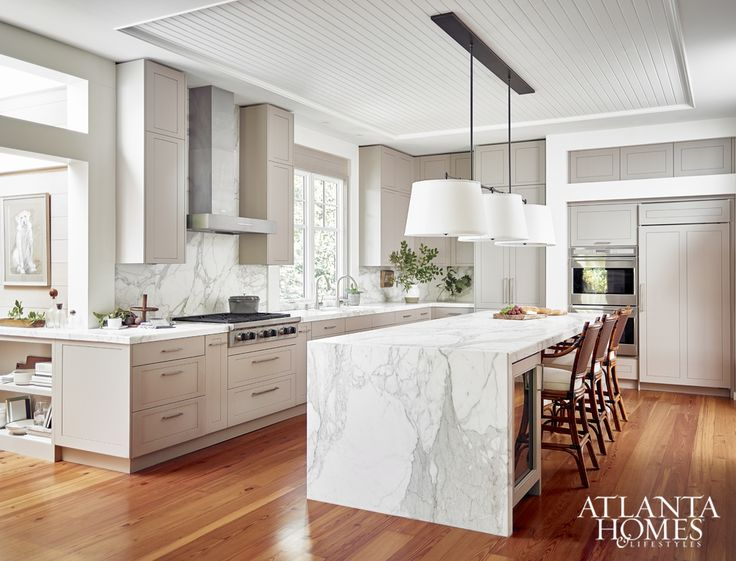 Transitional Kitchen With Architectural Details, Matthew Quinn, Ginny  Magher Interiors, Kenneth Lynch, AIA