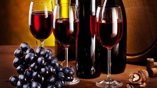 Чем полезно красное вино и сколько его можно пить