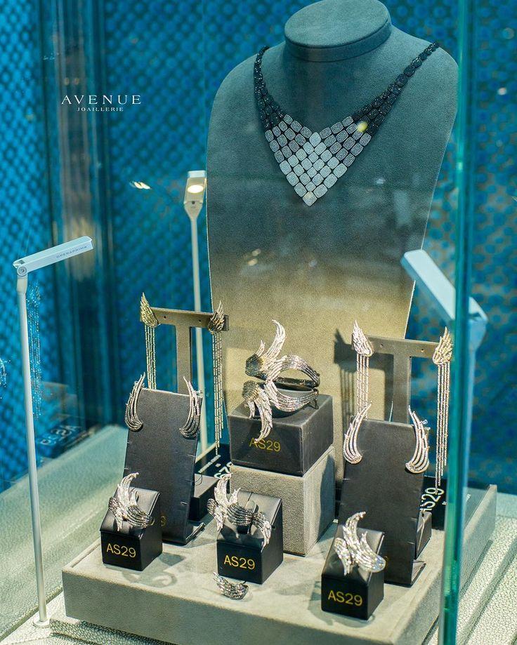 Откройте для себя удивительную коллекцию #AS29 от бельгийского дизайнера #AudreySavransky! Великолепные ювелирные изделия разработанные в фирменном игривом стиле покорят Вас с первого взгляда! #jewellery #earrings #ring #bracelet #necklace #diamond #beauty #women #avenuevsco #vscogood #vscobaku #vscocam #vscobaku #vscoazerbaijan #instadaily #bakupeople #bakulife #instabaku #instaaz #azeripeople #aztagram #Baku #Azerbaijan