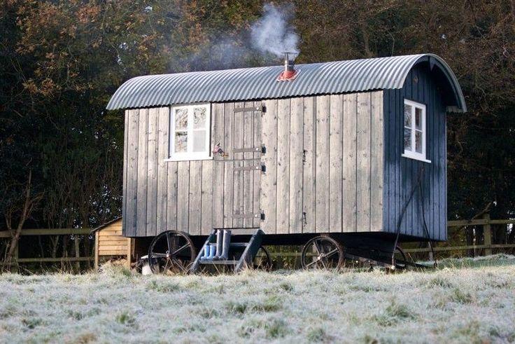 Shepherd's huts as a summer house