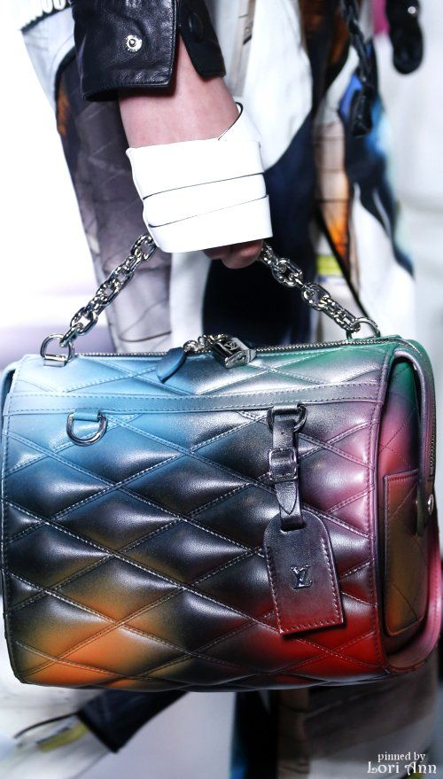 Louis Vuitton Spring 2016 RTW Women's Handbags Wallets - http://amzn.to/2huZdIM
