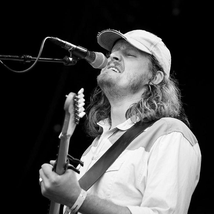 Daniel Norgren at Piknik i Parken #folk #blues #concertphotography #livemusicphotography #livemusic #musicphotography #pipfest #festivalsommer #piknikiparken #oslosommer  @pipfest