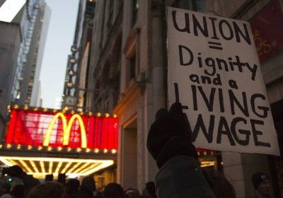 Non-Union Fast Food Workers Walk Off Jobs in NY