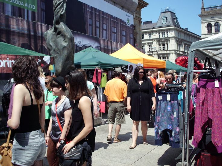 at Dyzajn Market