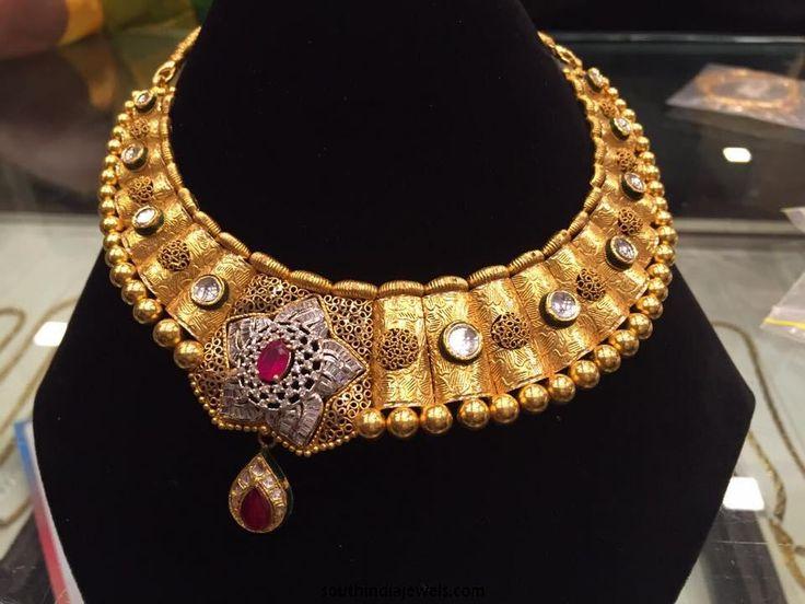 Designer Gold Choker Necklace Design