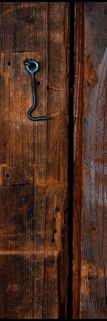 #marron #brown Color Malibu. Ron de coco Malibu. Would look nice with my barn pictures