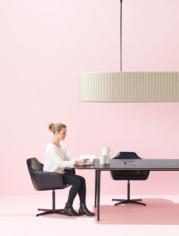 Aire meeting table | Baffle light | Palomino.