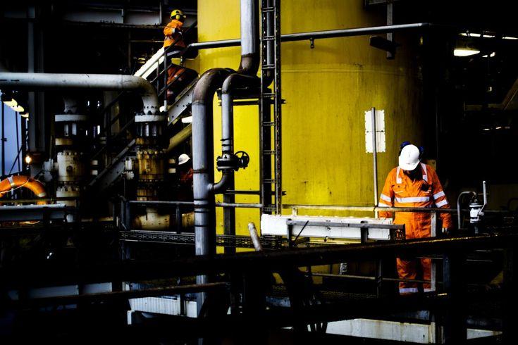 Fortrolige interne dokumenter viser, at Shell i mere end 30 år har haft detaljeret kendskab til farerne ved klimaændringer. Alligevel fortsætter selskabet med at udvinde olie og gas og kæmpe imod ambitiøse klimatiltag.