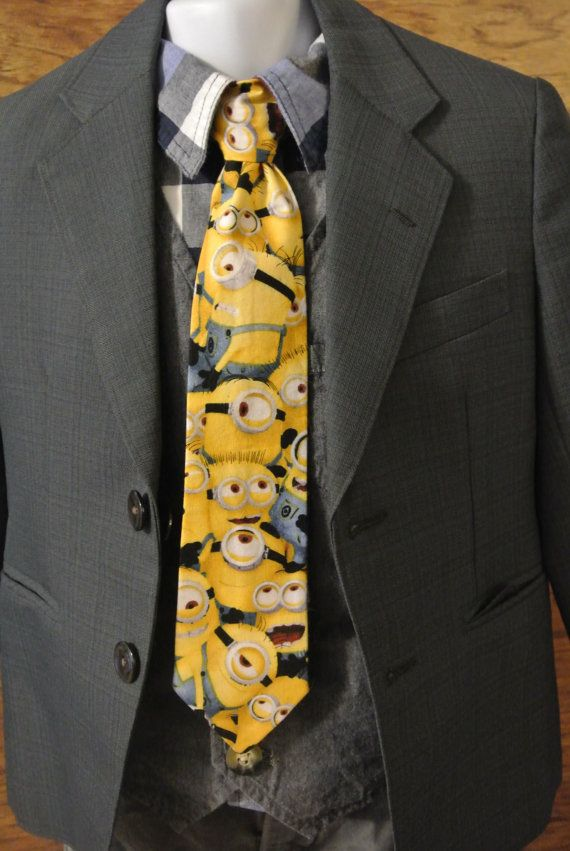 Etsy listing at https://www.etsy.com/listing/265295264/minion-clip-on-necktie-little-boys-clip