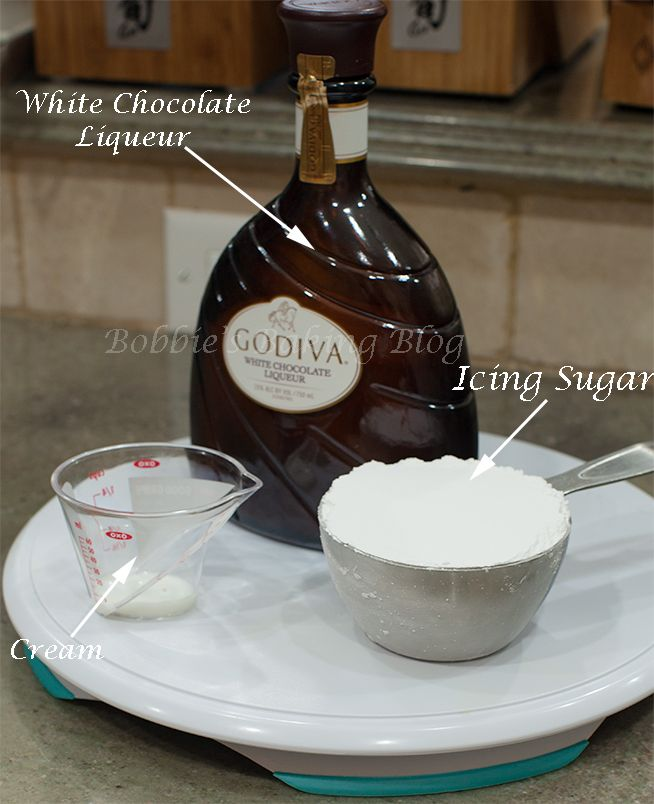 Candy Cane Shot With Godiva White Chocolate