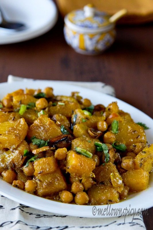 Best 25 bengali veg recipes ideas on pinterest bengali food kumror chokka or stir fried pumpkin with chickpeas is a traditional bengali recipe and is very forumfinder Images