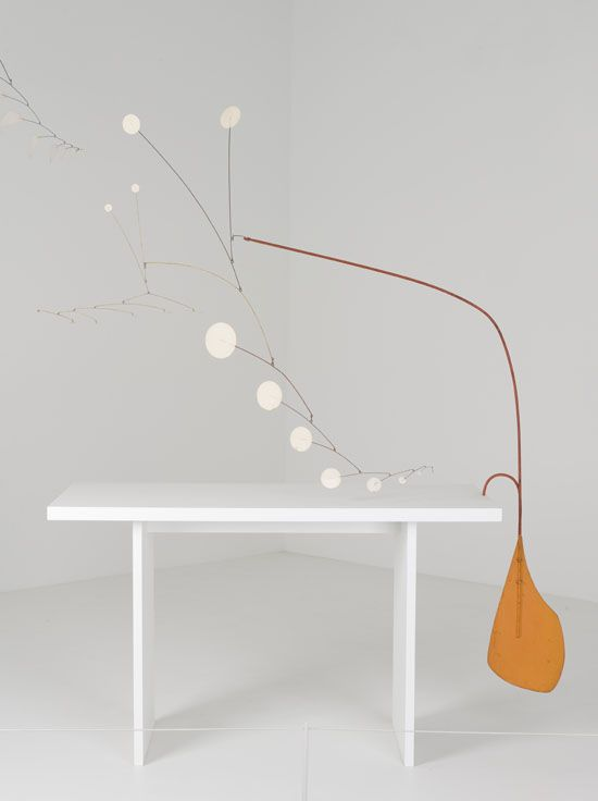 Alexander Calder – Orange Paddle under the Table, 1949