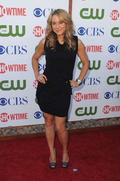 Megyn Price Photos: CBS, The CW & Showtime's 2011 TCA Party - Arrivals