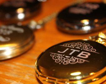 Snijd die taart met de stijl en gratie met Ruby Blanc de Essentie van de parel Cake mes en Server ingesteld. Deze roestvaststale set is voorzien de perfecte balans tussen uitstraling en bruikbaarheid. De peal thema handvat biedt de perfecte balans tussen comfort en elegantie terwijl het einde van de dienst beschikt over de scherpte en de steun die is essentieel voor het snijden en serveren van perfecte plakjes van heerlijkheid. Meer cake u zeggen?  Features en specs:  Omvat: 1 taart mes en 1…