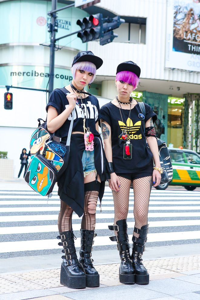 Street of Harajuku, Tokyo Miho and Maho. I love how their hair compliments each other