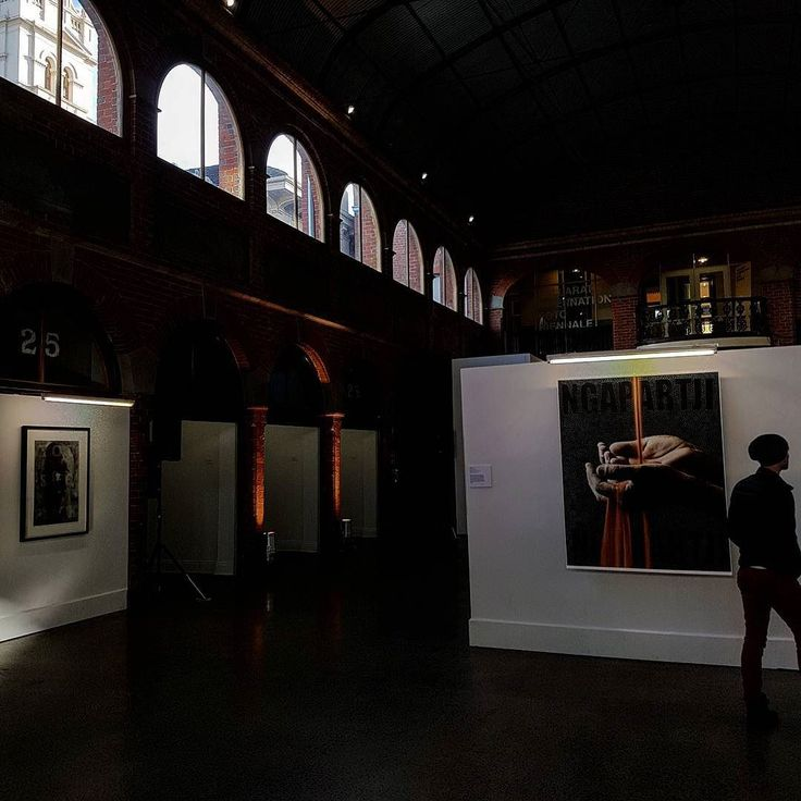 An amazing day at #ballaratbiennale make sure to see some great photography. #photography #ballarat #bifb #exhibitions #visualstorytelling #indigenousphotography #tell #ruralvictoria #lovecountry #architecture