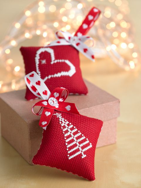 How to make cross-stitch christmas decorations  - Better Homes and Gardens - Yahoo!7