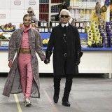 Chanel   Πρωτοτυπία και η φαντασία στην επίδειξή της συλλογής του οίκου Chanel για τη σεζόν Φθινόπωρο-Χειμώνας 2014 στο Παρίσι   about-woman http://about-woman.gr/chanel-ready-to-wear-fall-winter-2014-paris/