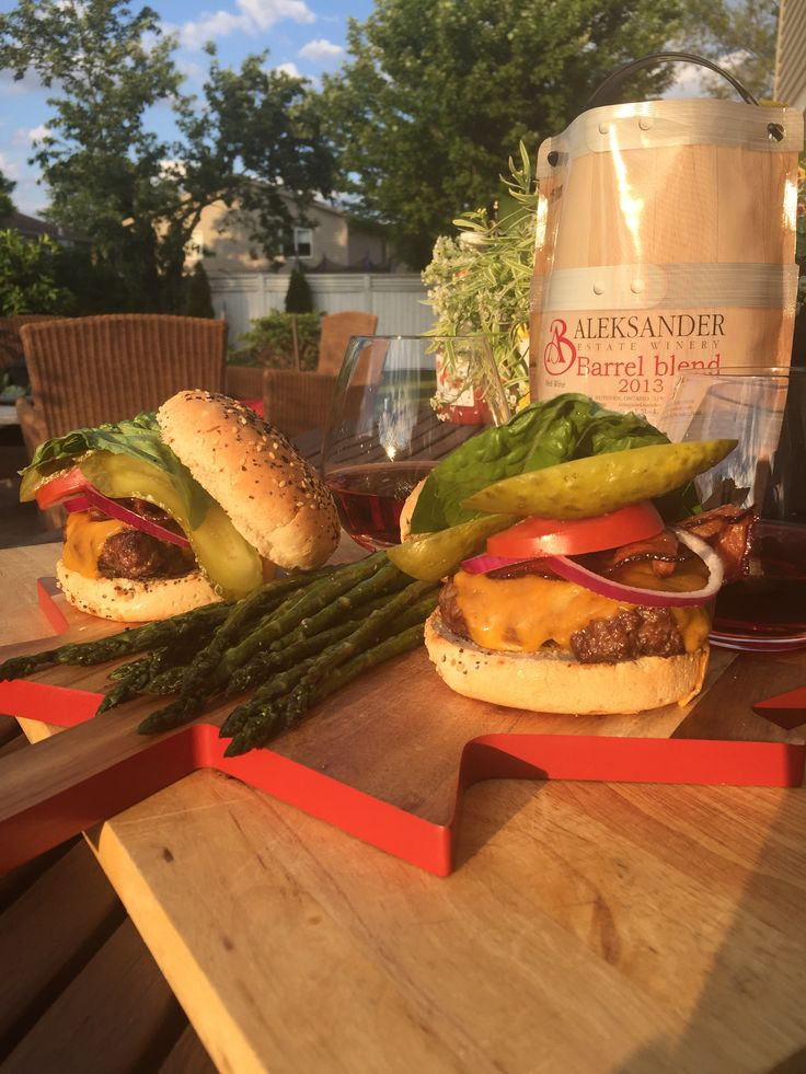 June 25, 2017 – Aleksander Estate Winery 2013 Barrel Blend with Fresh-Ground Brisket Burgers. | Essex County Wineries & Breweries Oh Canada…a great place to live, sip & savour! Celebrate 150 with us all summer long & share your true patriot love to win!     Enjoy Aleksander Estate Winery 2013 Barrel Blend with Fresh-Ground Brisket Burgers eh!  Great Taste!  Great Country! #ECW150  AAA Canadian Ground Beef  Vegetables from Lee and Maria's Market…
