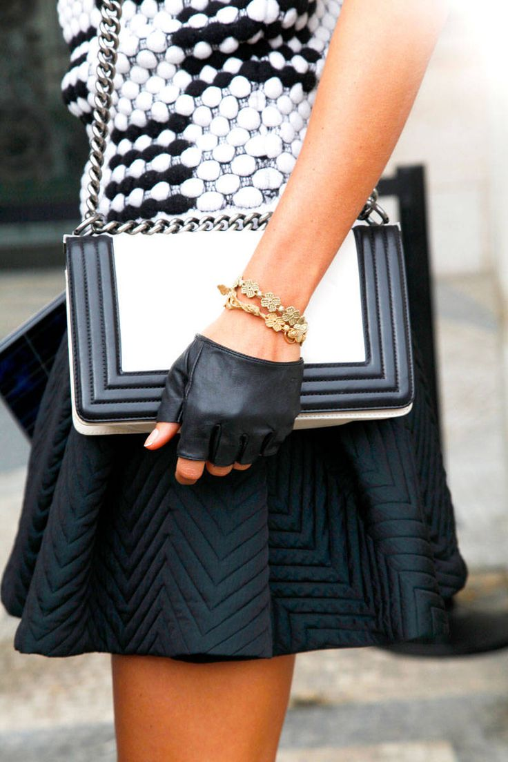 Paris Accessories - B & W - Black Fingerless Leather Gloves